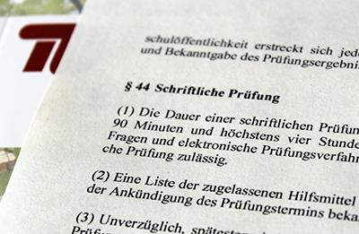 Ausschnitt einer Klausur. Bebilderung des Artikels E-Klausuren jetzt als Pruefungsform anerkannt